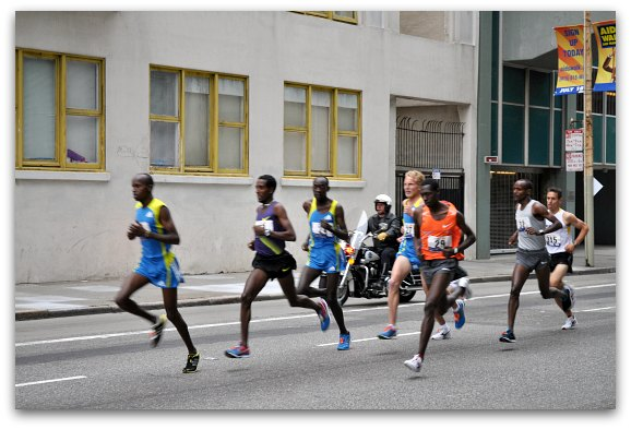 bay to breakers runners