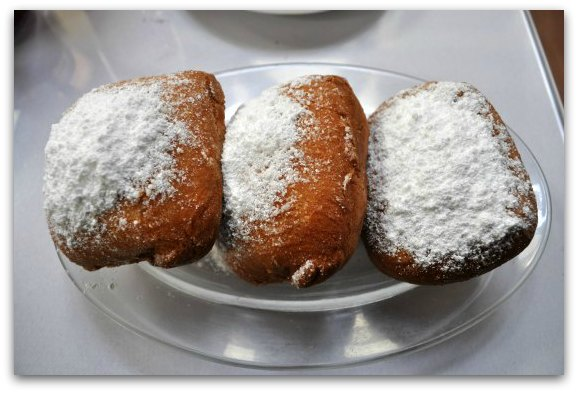 beignets at Brendas