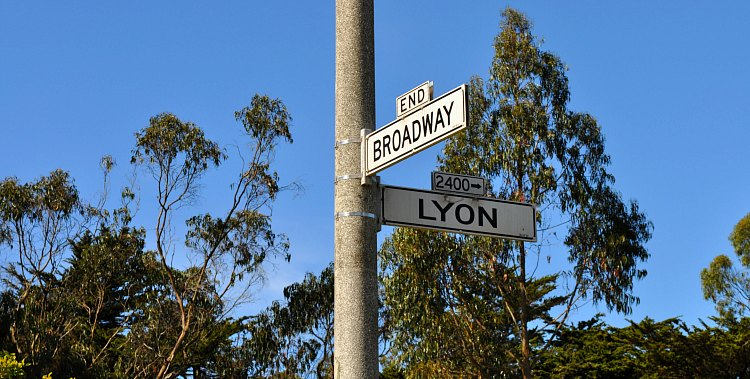 Broadway Lyon Street Intersection