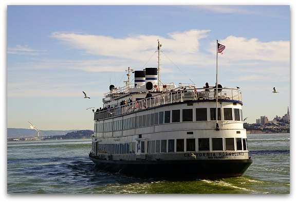 Champagne Cruise SF