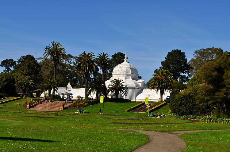 Outside the Conservatory of Flowers