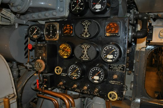 engine panel uss pampanito