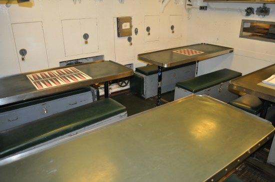 mess hall uss pampanito