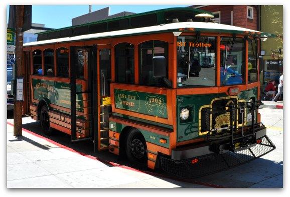 monterey free trolley