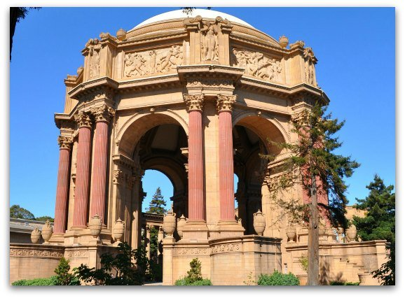 Palace of Fine Arts Free