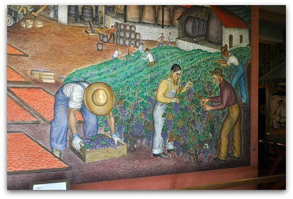 picking grapes mural