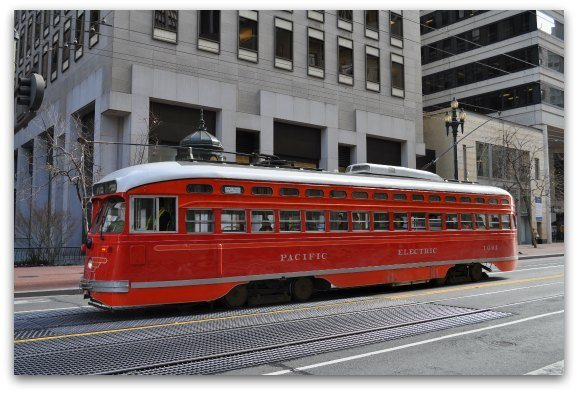 red sf street car