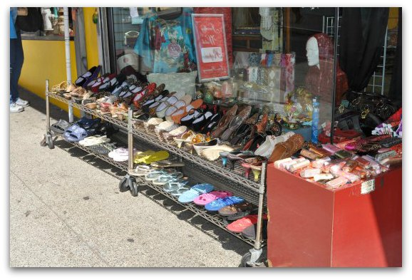 shoes chinatown