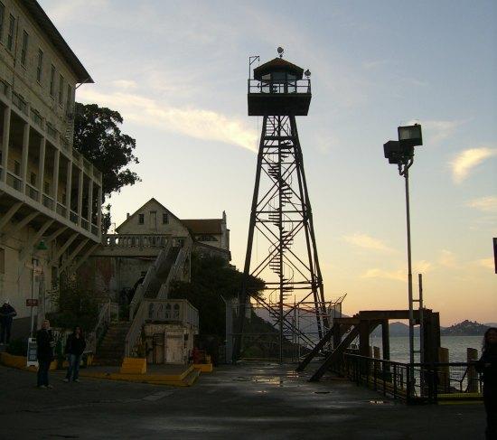 evening tour of alcatraz