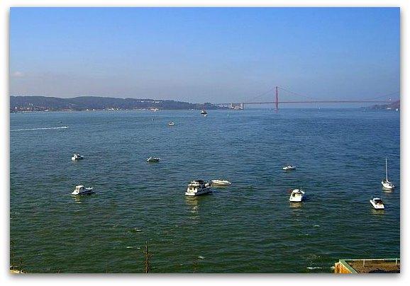 parade of ships for fleet week san francisco