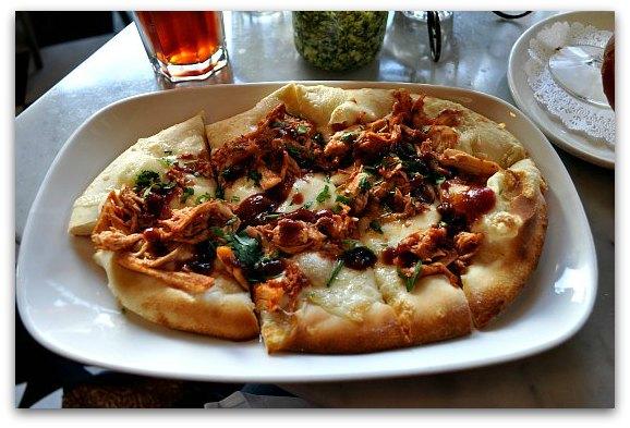 garlic pizza stinking rose