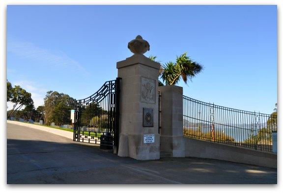 gates national cemetery san francisco