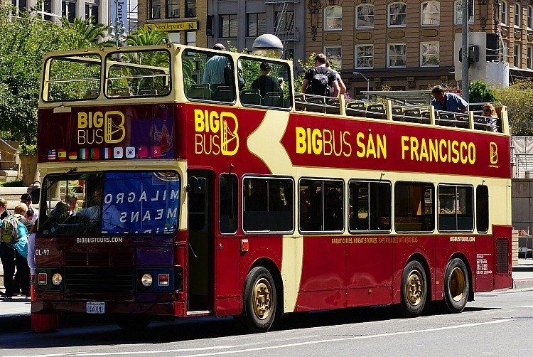 Hop On Hop Off Bus Tours in San Francisco