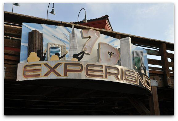 The 7D experience sign on Pier 39