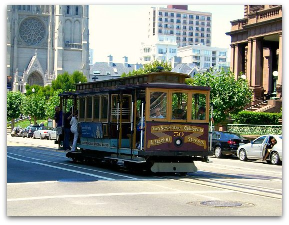 The California cable car line in San Francisco's Nob Hill