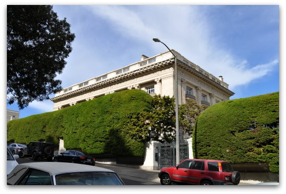 Danielle Steels House in SF's Pacific Heights district