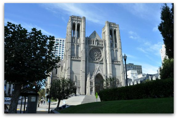 A view from across the street of the front of Grace Cathedral in San Francisco
