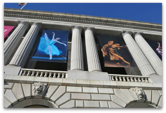Banners showing the SF Ballet on the War Memorial Opera House