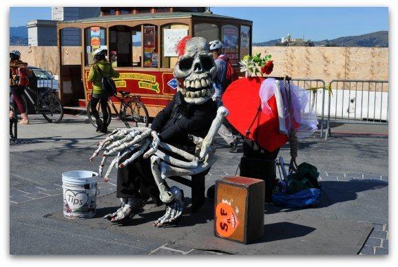 Street performers along Jefferson Street in San Francisco.